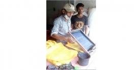 স্ক্রিনপ্রিন্টে স্বাবলম্বী ভাঙ্গুড়ার আব্দুল আলীম