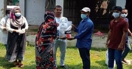চাটমোহরে হাতখরচের টাকায় খাদ্য সহায়তা দিলেন শিক্ষার্থীরা